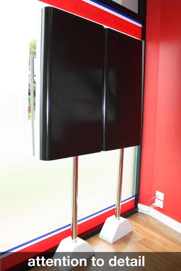 Crystal Display Digital Signage
